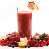 juice_and_smoothies_make_healthy_treat_pic