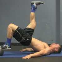 medicine_ball_hamstring_curls_workout_video_pic