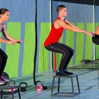 plyometri_training_woman_men_jump_fit_exercise_weights_rope_pic