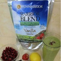 pomegranate_lemon_strawberry_crunch_smoothie_delicious_healthy_sunwarrior_protein_pic