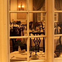 restaurant_tables_nice_dining_upscale_pic