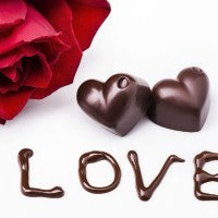 rose_red_chocolate_heart_love_pic