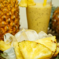 smoothie_pineapple_coconut_healthy_tropical_pic