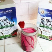 strawberry_vanilla_dream_smoothie_sunwarrior_protein_pink_red_pic