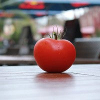 tomato_provides_the_essential_mineral_chromium_pic