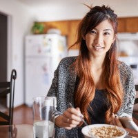 woman_young_asian_pretty_happy_breakfast_eating_morning_pic