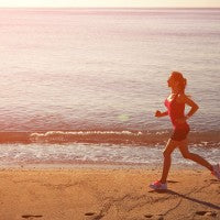 woman_young_jog_beach_water_ocean_morning_dawn_pic