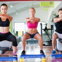workout_women_man_squat_muscle_lean_tone_gym_exercise_pic