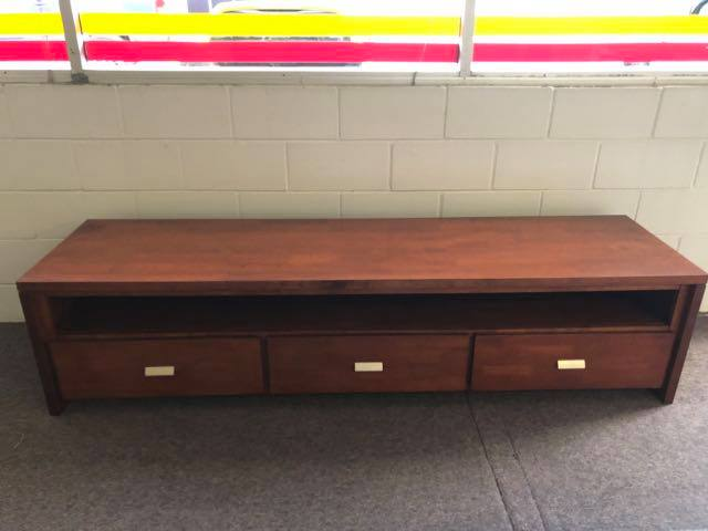 Centurion Hardwood Entertainment Unit  - Large