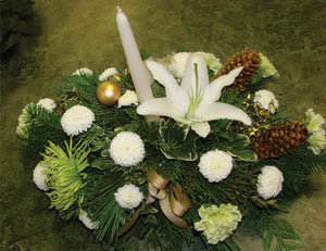 XC 1160 Angelic white centrepiece with white candle and cones