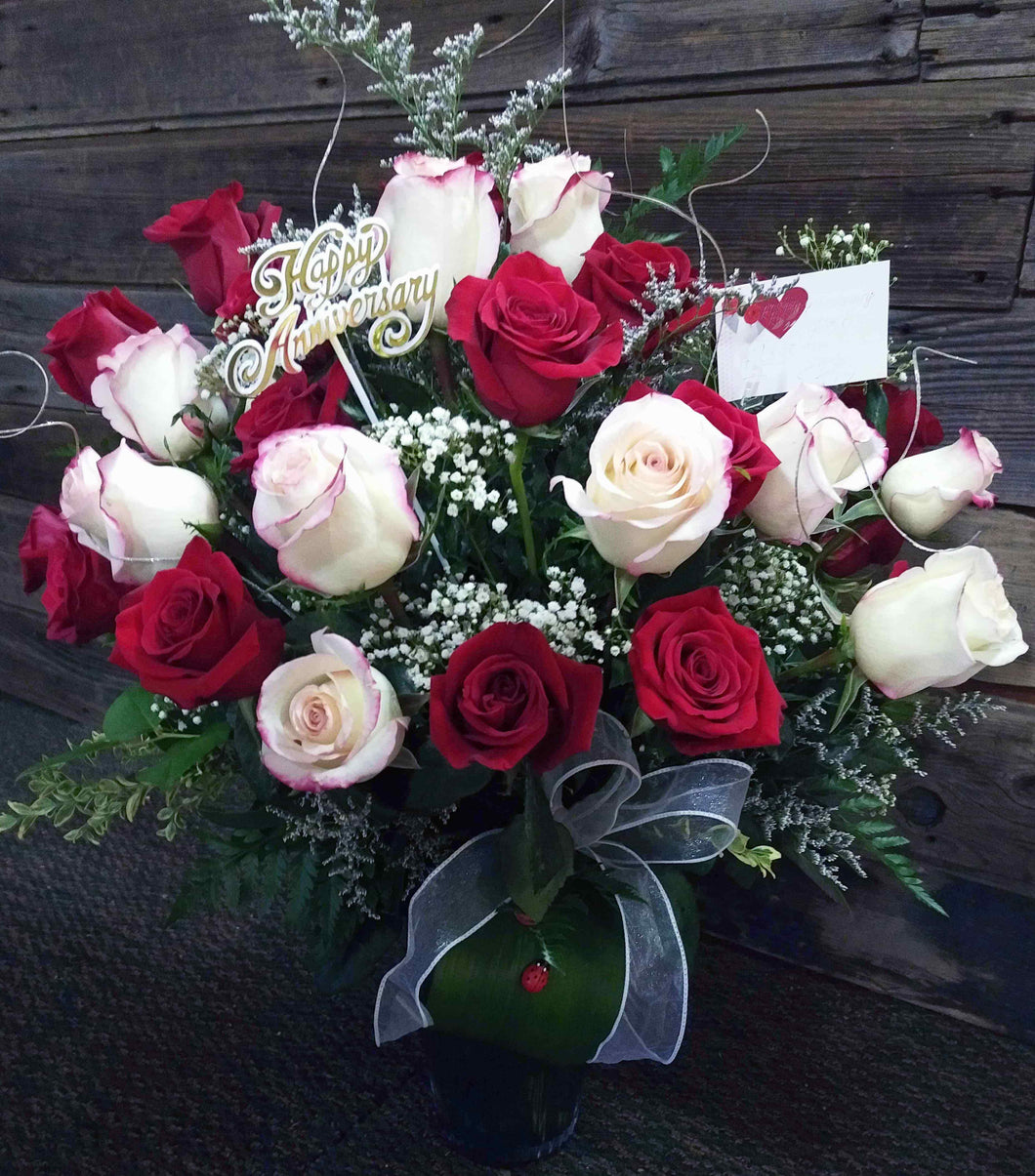 EAV 2024 Valentine Blast! romance red and white roses