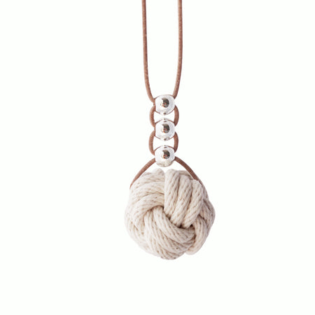 Paris knot necklace in coral