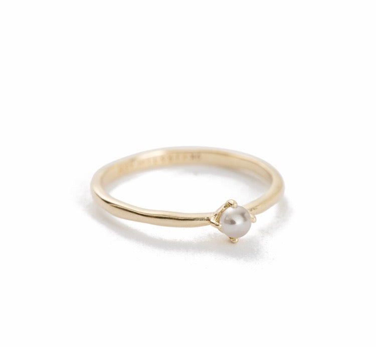 Moon Tide Pearl Ring ~ 9K Gold