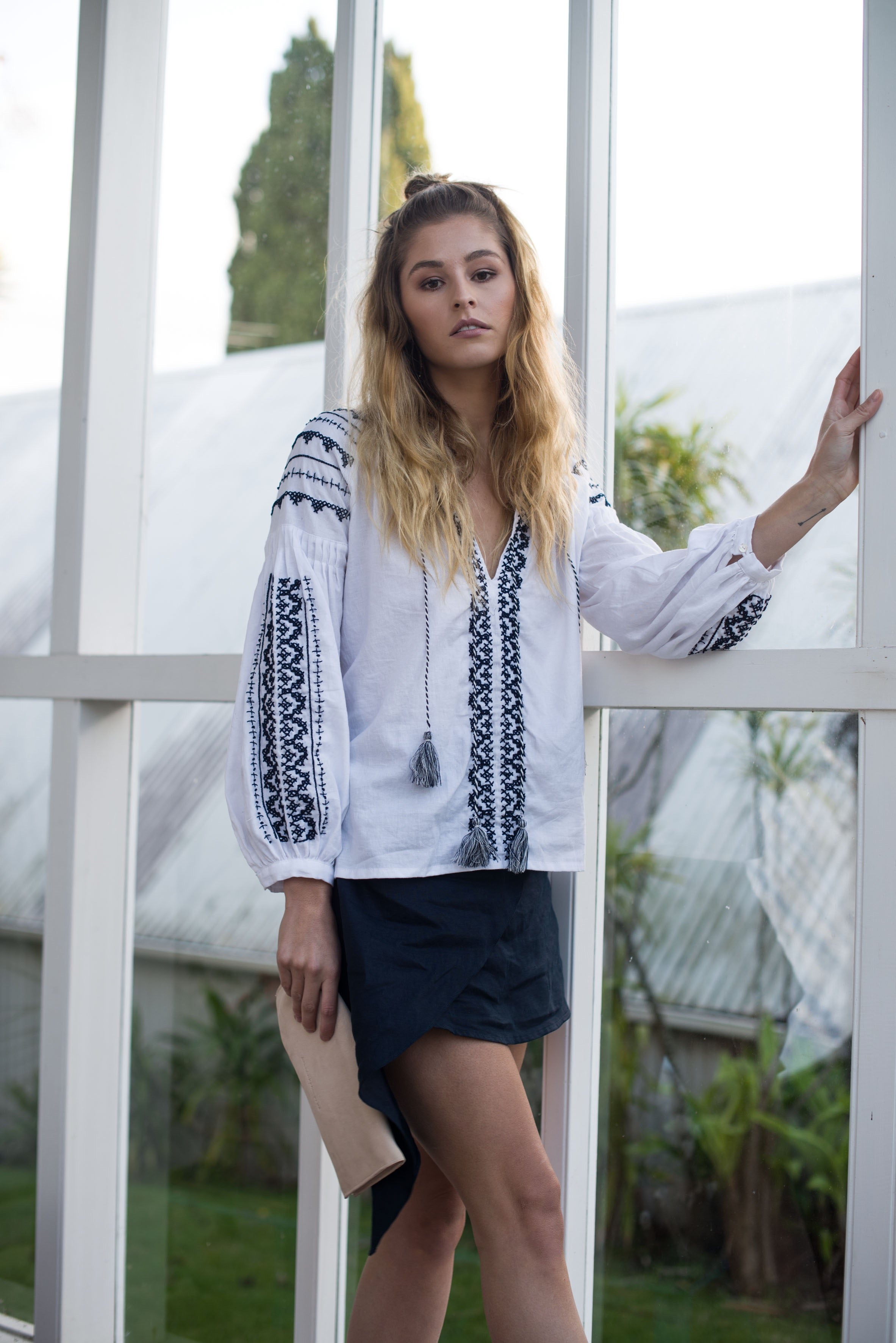 Margot Hand Embroidered Smock Navy / White