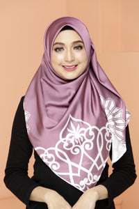 Al-Hamra Scarf Grape Punch