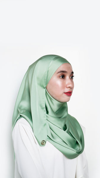 Sateen Eyelash Shawl Apple Green