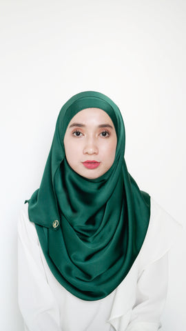 Sateen Eyelash Shawl Emerald Green