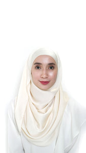 Sateen Eyelash Shawl Vanilla