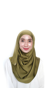 Sateen Eyelash Shawl Olive