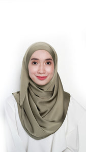 Sateen Eyelash Shawl Army Green