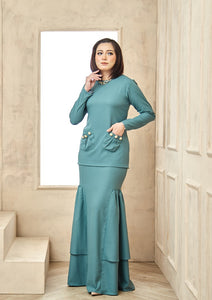Isabell Kurung Dusty Green