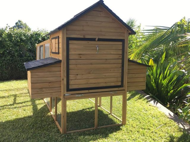 Somerzby The Cabana Hen House w/ Run