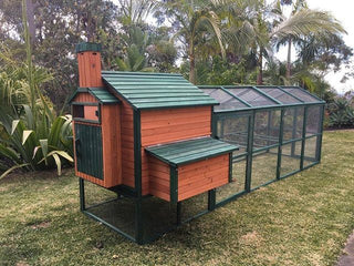 Somerzby Resort Chicken Coop w/ Long Run