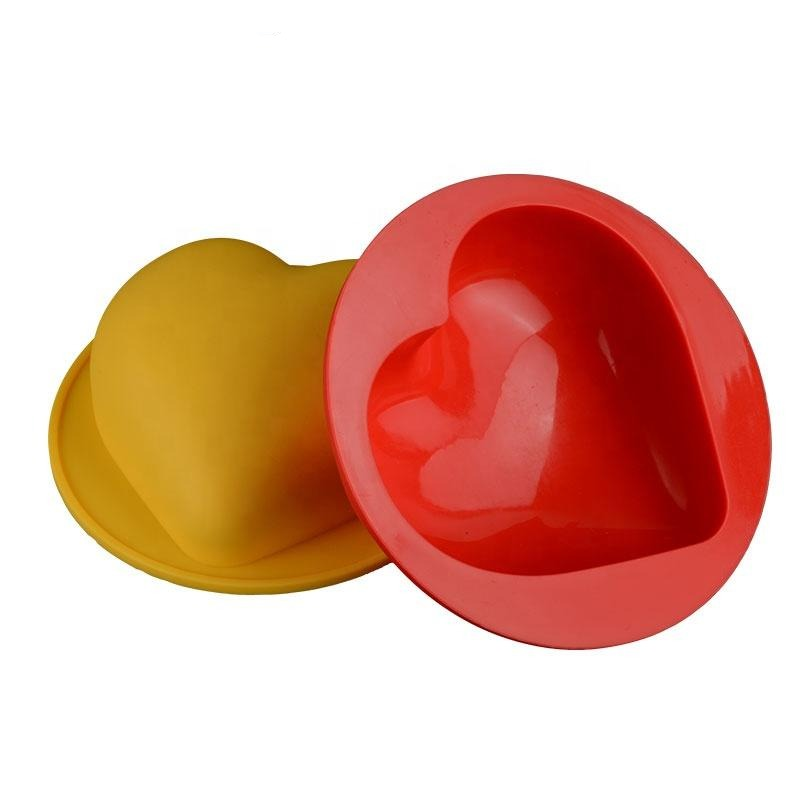 Love Heart Cake Tin - Silicone Baking Mould