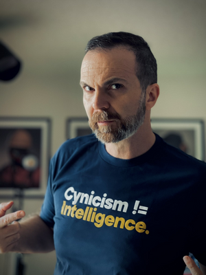 Rene Ritchie Cynicism != Intelligence T-Shirt