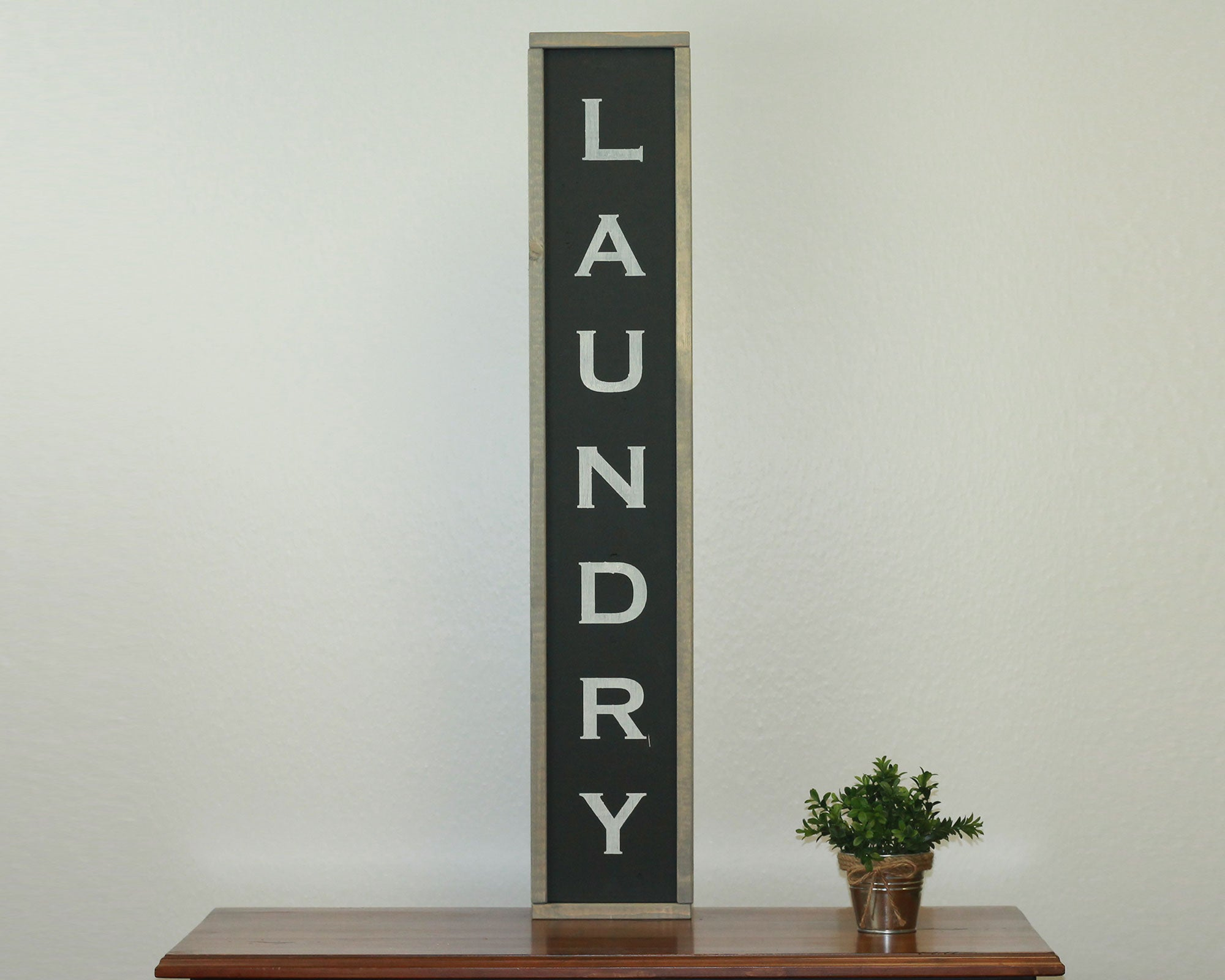 Laundry (Vertical) | 7 x 36 Midnight