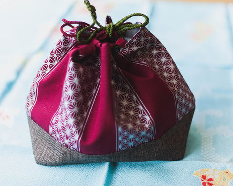 Asanoha Leaf Lunch Bag | Red by Sabu Hiromori - Bento&con the Bento Boxes specialist from Kyoto