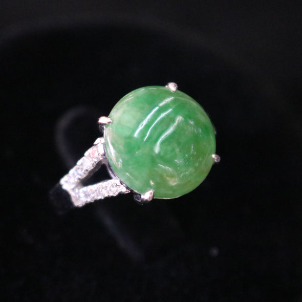 Type A Green Burmese jadeite ring in 18k white gold & natural diamonds 4.45g size US6