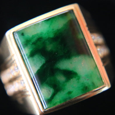 Type A Green Burmese jadeite ring in 22k yellow gold & natural diamonds - 11.37g size US10