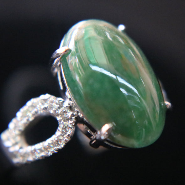 Type A Green Burmese jadeite ring in 18k white gold & natural diamonds 5.43g size US7