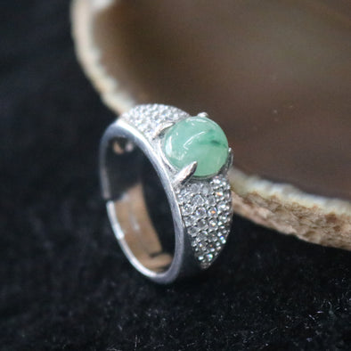 Icy Type A Burmese Jade Jadeite Ring set in 925 Sliver and Zircon - 5.88g
