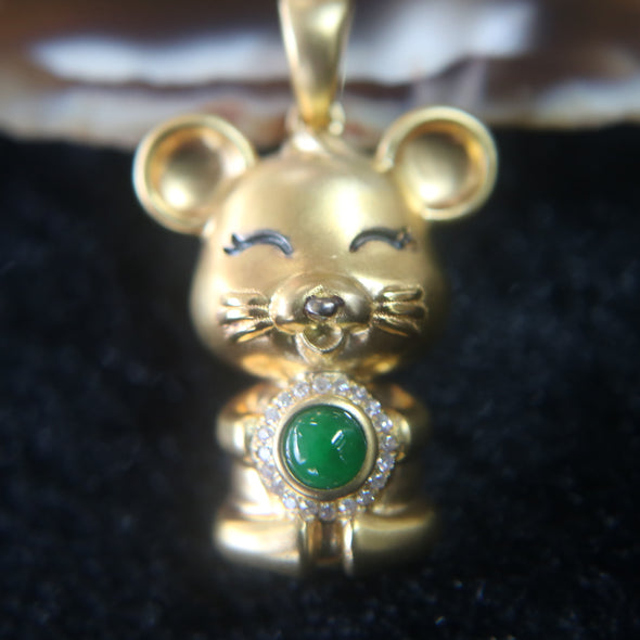 18K 750 Gold Rat with Burmese Jade Jadeite and Diamonds Pendant 5.09g 23.5 by 17.7 by 12.1mm