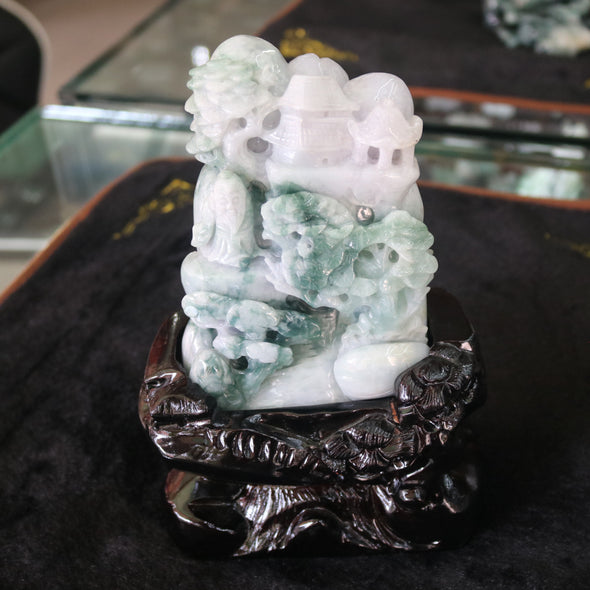 Type A Burmese Jade Green and Lavender Shan Sui Display - 1184.78g L130.0 W99.0 D42.0mm