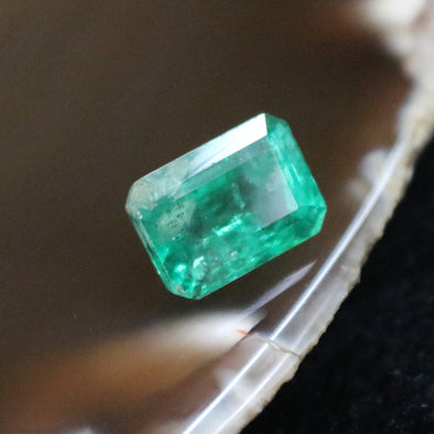Natural Faceted Emerald - 5.78 cts L11.7 W8.4 D7.3mm
