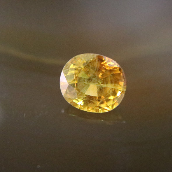 Natural Faceted Yellow Sapphire - 3.25 cts L8.8 W7.7 D5.4mm
