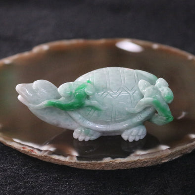 Type A Burmese Jade Jadeite Tortoise and Ruyi - 160.21g L81.7 W37.4 D32.4mm