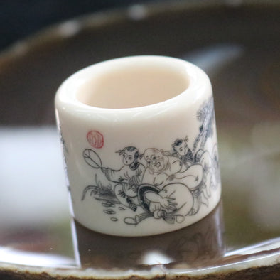 Natural Vintage Bone Thumb Ring with Chinese Drawings Status & Authority