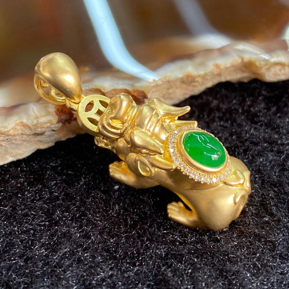 Type A Burmese Jade Jadeite 18k Gold Pi Xiu - 6.23g 31.4 by 11.1 by 10.2mm