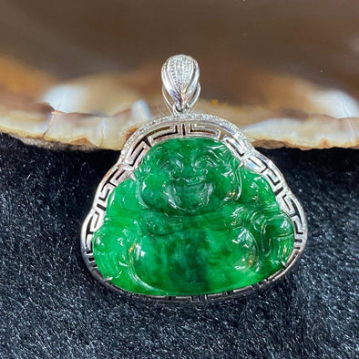 Type A Burmese Jade Jadeite 18k white gold Milo laughing Buddha - 3.74g 29.2 by 26.4 by 5.9mm