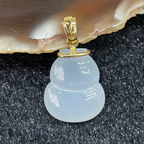 Type A Burmese Jade Jadeite Icy Lavender Hulu set in 18k yellow gold- 3.5g 17.5 by 13.8 by 7.8mm