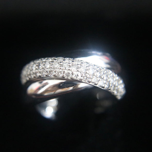 Natural Diamonds ring set in 18k 750 white gold