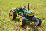 Push along tractor - John Deere (green)
