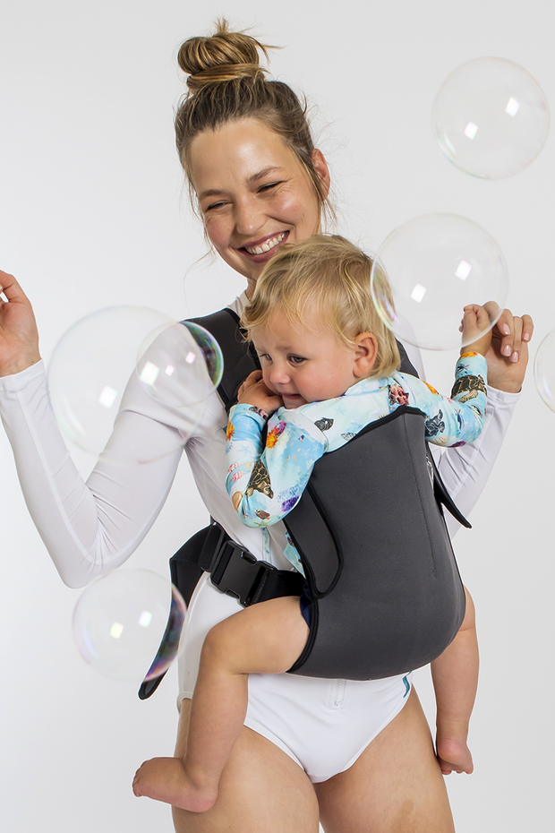 Frog Orange Explorer baby carrier - Carbon Grey - safe, convenient and comfortable