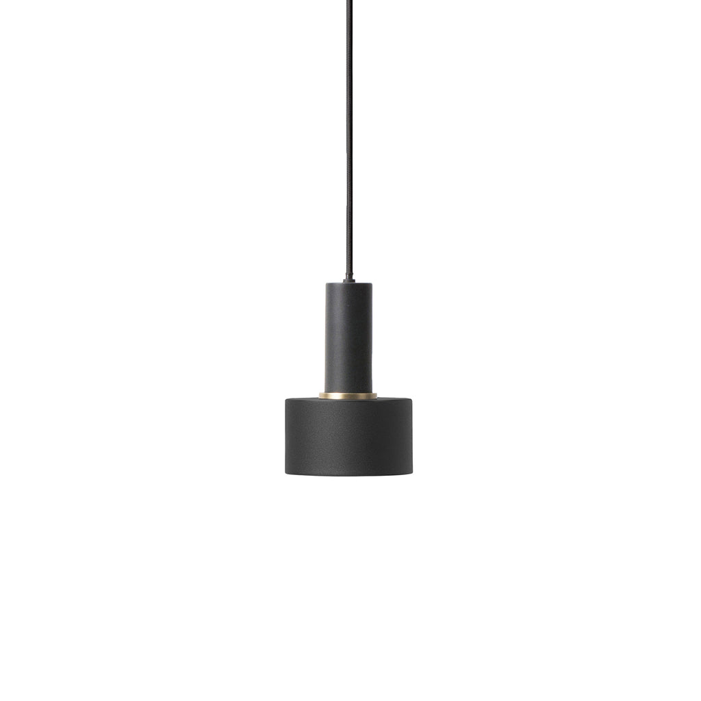 Disc Shade Low Socket - Black