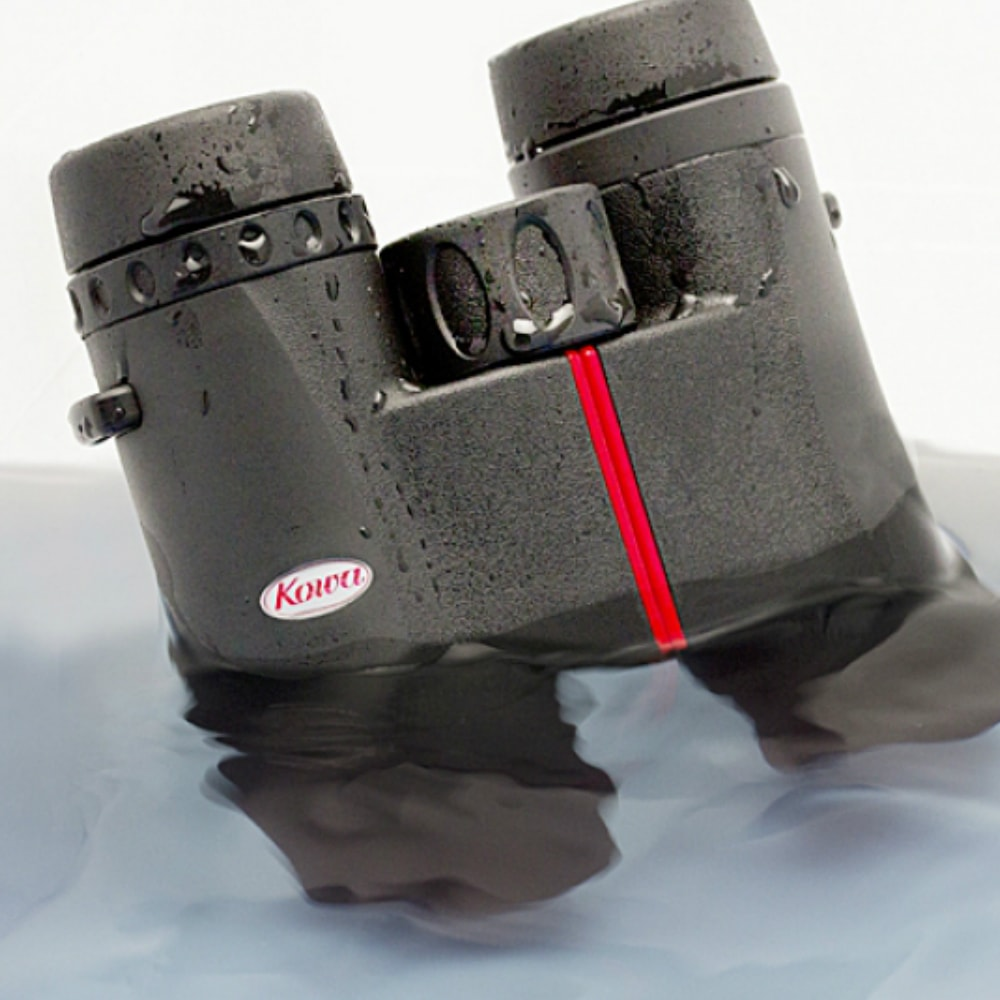 Kowa 8X32 SV Roof Prism Binoculars In Water
