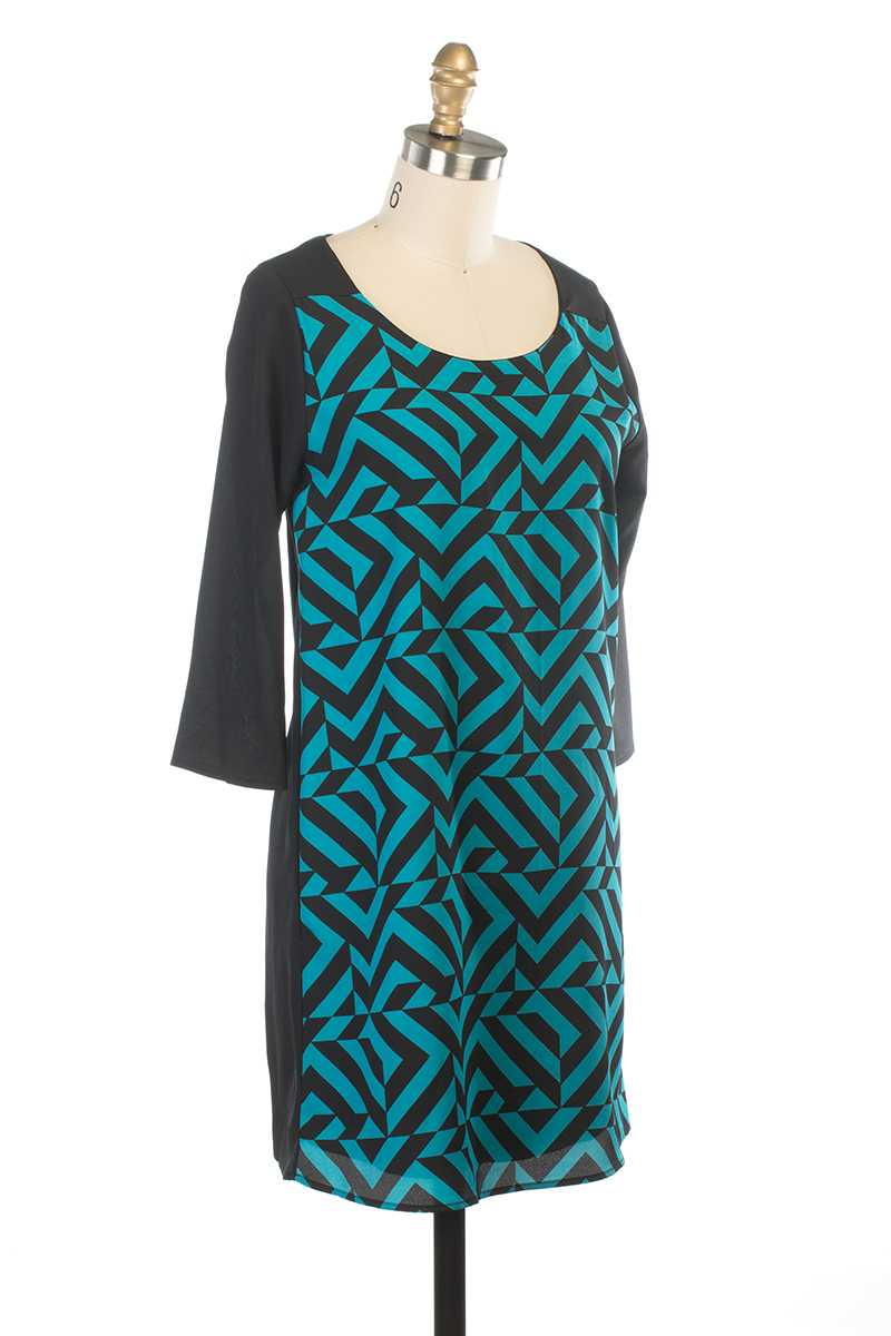 Everly Jaclyn Shift Dress - Talis Collection